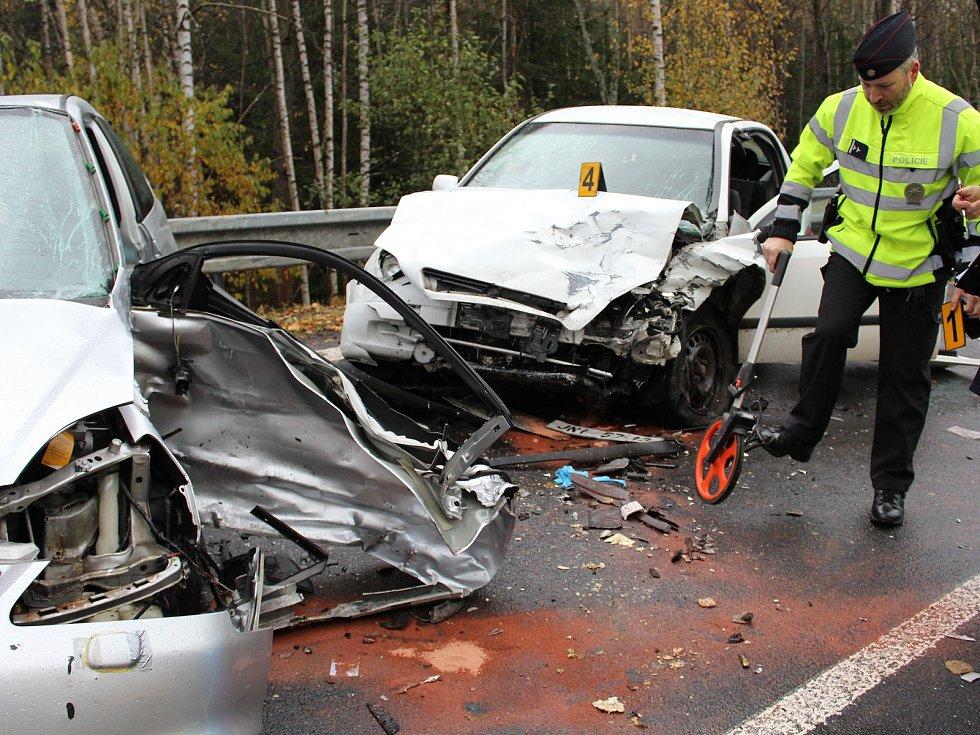 Smrtelná dopravní nehoda mezi Javornou a Železnou Rudou.