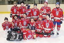 Hokejisté 2. třídy HC Klatovy nenašli v Milevsku přemožitele a turnaj vyhráli.