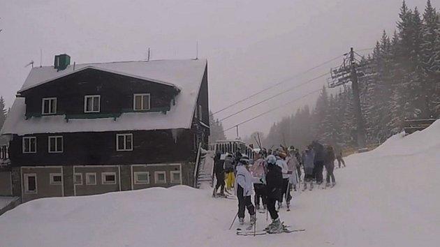 Od začátku týdne připadlo ve Ski&Bike Špičák už více než 30 centimetrů čerstvého prašanu.