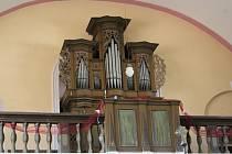 Varhany v němčickém kostele Nanebevzetí Panny Marie.