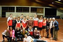 Výprava klatovských atletů včetně rozhodčích. Na snímku chybí pouze Natálie Kantová a Julie Kubátová.