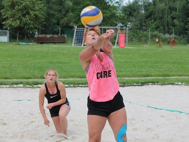 Klatovský beach volejbalový turnaj žen 2016