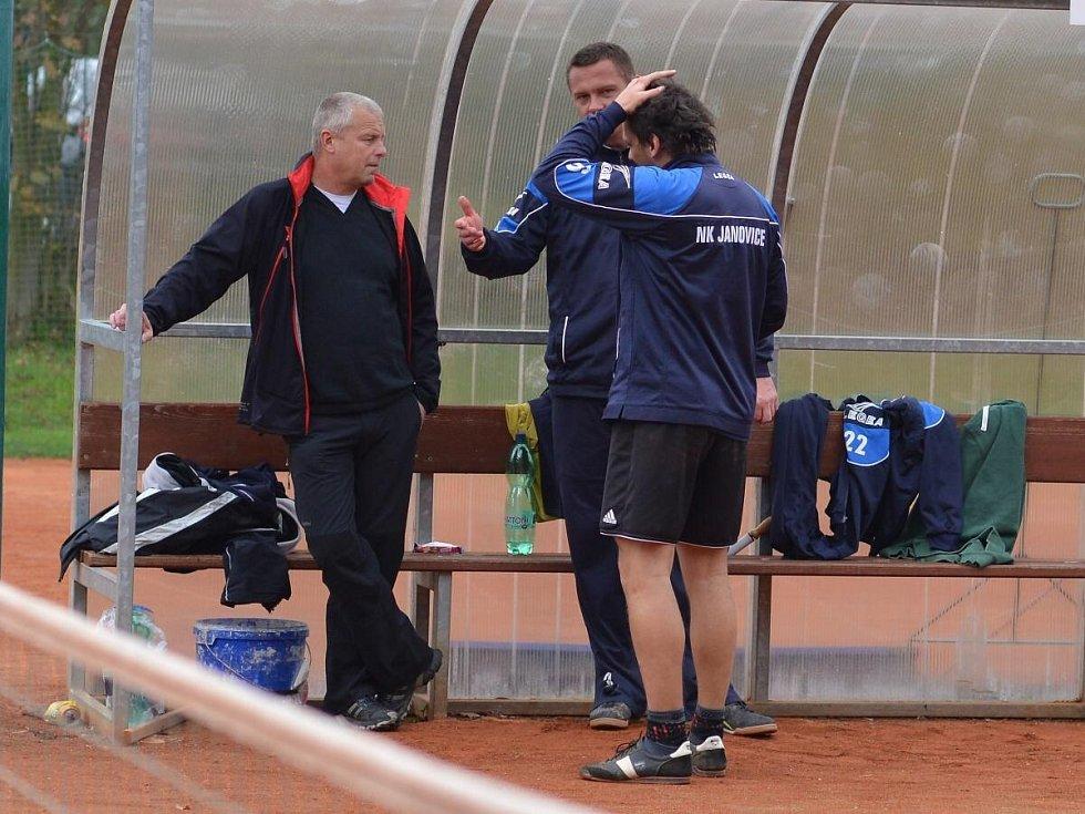 Nohejbal, II. liga play out: NK Janovice (v modrém) - SK Bělá 5:3.