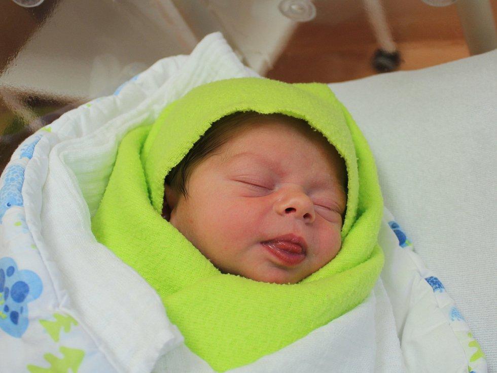 Lukáš Doležal z Klatov se narodil v klatovské porodnici 21. ledna ve 12.05 hodin (3230 g, 51 cm). Rodiče Andrea a Jindřich dopředu věděli, že jejich prvorozeným miminkem bude chlapeček.