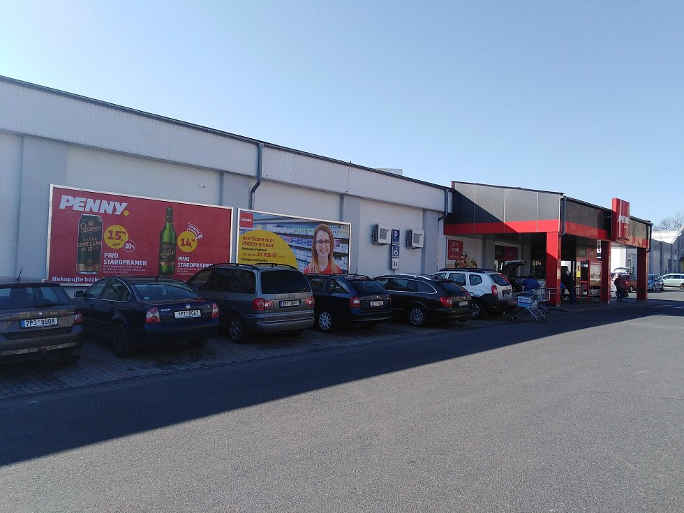 Supermarkety v Klatovech.