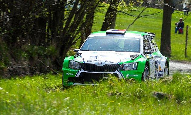 Rallye Šumava Klatovy ovládl Kopecký, plzeňský Václav Pech měl potíže sturbem.