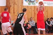 Basket: Klatovy B (červené dresy) - Tachov