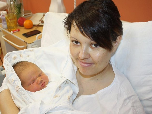 Filip Mašek z Klatov (4460 gramů, 53 cm) se narodil v klatovské porodnici 3. května v 19.25 hodin. Rodiče Petra a Martin věděli dopředu, že jejich prvorozené miminko bude chlapeček.