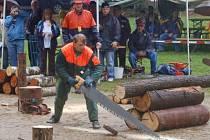 Druhý ročník amatérské dřevorubecké soutěže Hamerská sekyra