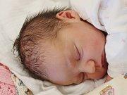 Rozálie Volfová zNěmčic (3210 g, 51 cm) se narodila vklatovské porodnici 14. září ve 23.32 hodin. Rodiče Hana a Tomáš si nechali pohlaví miminka jako překvapení na porodní sál. Doma se na sestřičku těší  Žofie (2,5).