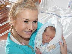 Tomáš Buchanec z Radnic (3400 gramů, 50 cm) se narodil v klatovské porodnici 27. února v 8.17 hodin. Rodiče Iveta a Tomáš si nechali pohlaví svého prvorozeného miminka jako překvapení až na porodní sál, kde chlapečka na svět přivítali společně.