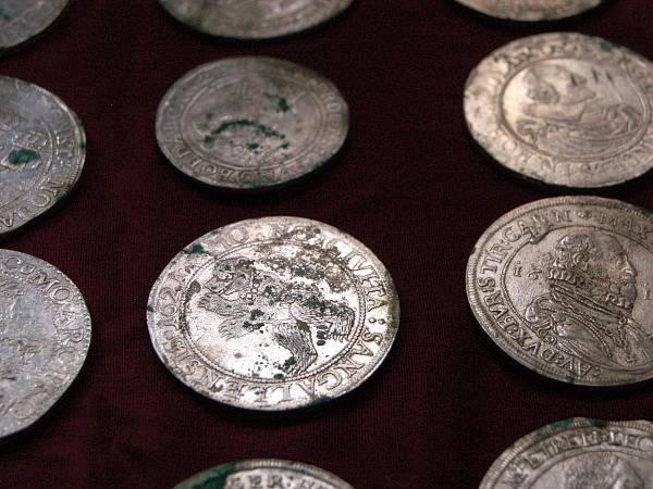 Stříbrný poklad z kašperskohorského náměstí