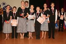 Klatovští tanečníci na mezinárodní soutěži v Liberci.