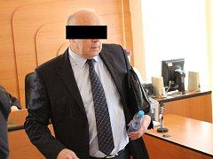 Obžalovaný L. V. u klatovského soudu