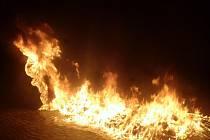 Požár kontejnerů v Sušici.