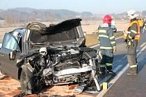 Páteční nehoda u Zavlekova