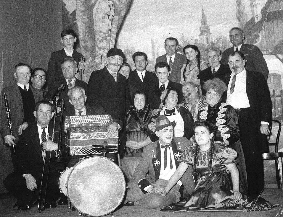 Fotografie z historie Pačejova a okolí.