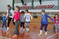 Zimní olympiáda mateřské školy v Klatovech.