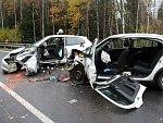 FOTOGALERIE: Při smrtelné nehodě se vážně zranili další tři lidé