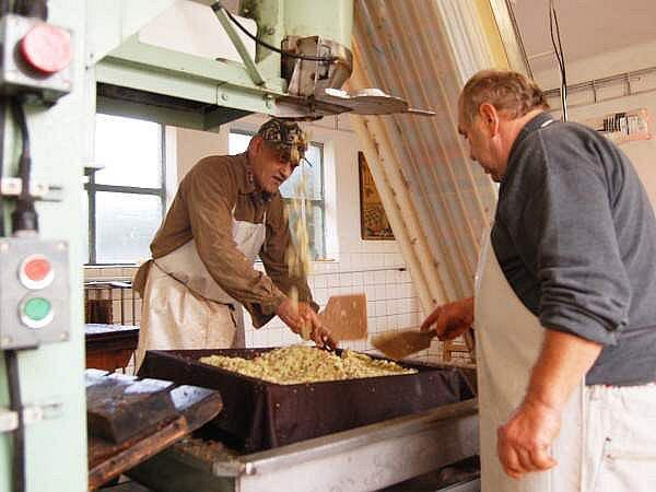 Moštování jablek ve Švihově