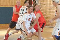 V Klatovech se konal 9. ročník mistrovství České republiky veteránů v basketbale.