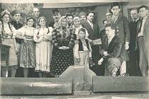 Ochotníci v Myslívě v představení Vojnarka.