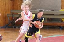 Kvalifikace kadetek U17 o ligu BK Klatovy - BC Benešov 76:50.