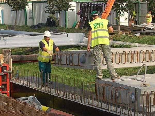 Rekonstrukce mostu v Dukelské ulici