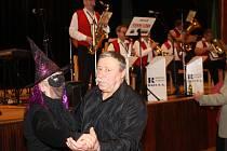 Maškarní ples pro seniory v Klatovech