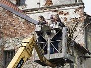 Rekonstrukce hnízda čápů bílých v Žichovicích.