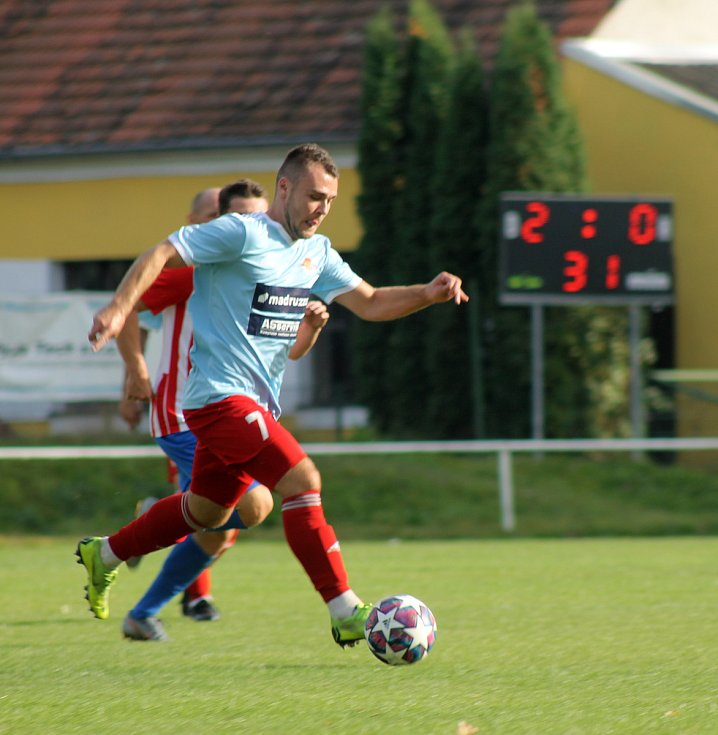 ČLU Beroun vs. Klatovy (v modrém).