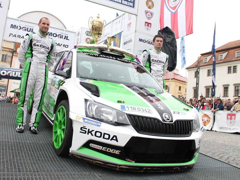 Cíl 50. Rallye Šumava Klatovy.