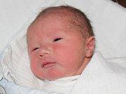 Matyáš Šlesinger z Dlouhé Louky (3390 g, 49 cm) se narodil v klatovské porodnici 14. března ve 2.29 hodin. Rodiče Michaela a Adam přivítali očekávaného prvorozeného syna na svět společně.