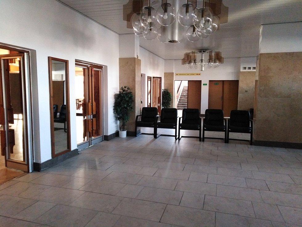 Očkovací centrum v kulturním domě v Klatovech.