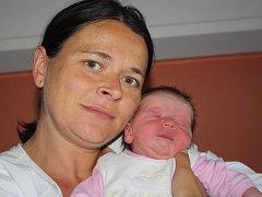 Jaroslava Staňková ze Sušice (3430 gramů, 51 cm) se narodila v klatovské porodnici 4. června ve 14.46 hodin. Rodiče Hana a Jan přivítali očekávanou dcerku na svět společně. Ze sestřičky má radost i Anička (3).