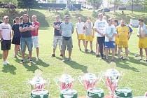 Po odehrání turnaje v Horách Matky Boží nastoupila mužstva k vyhlášení výsledků a předání cen.