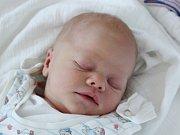 Kryštof Kurc z Klatov (2990 g, 48 cm) se narodil v klatovské porodnici 6. srpna v 5.37 hodin. Rodiče Nikola a Vojtěch přivítali svého prvorozeného očekávaného syna na světě společně.
