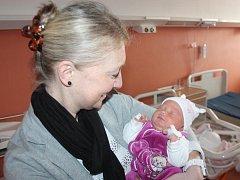 Vanesa Rendlová z Dobřemilic (3540 gramů, 50 cm) se narodila v klatovské porodnici 2. dubna v 5.58 hodin. Rodiče Vladimíra a Stanislav věděli dopředu, že jejich prvorozené miminko bude holčička. V porodnici si Vanesku pochovala i hrdá teta Jana.