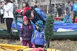 Vánoční splouvání Otavy s Lubomírem Brabec v Sušici.