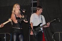 Chai a Nightwish Tribute Band na klatovském náměstí.