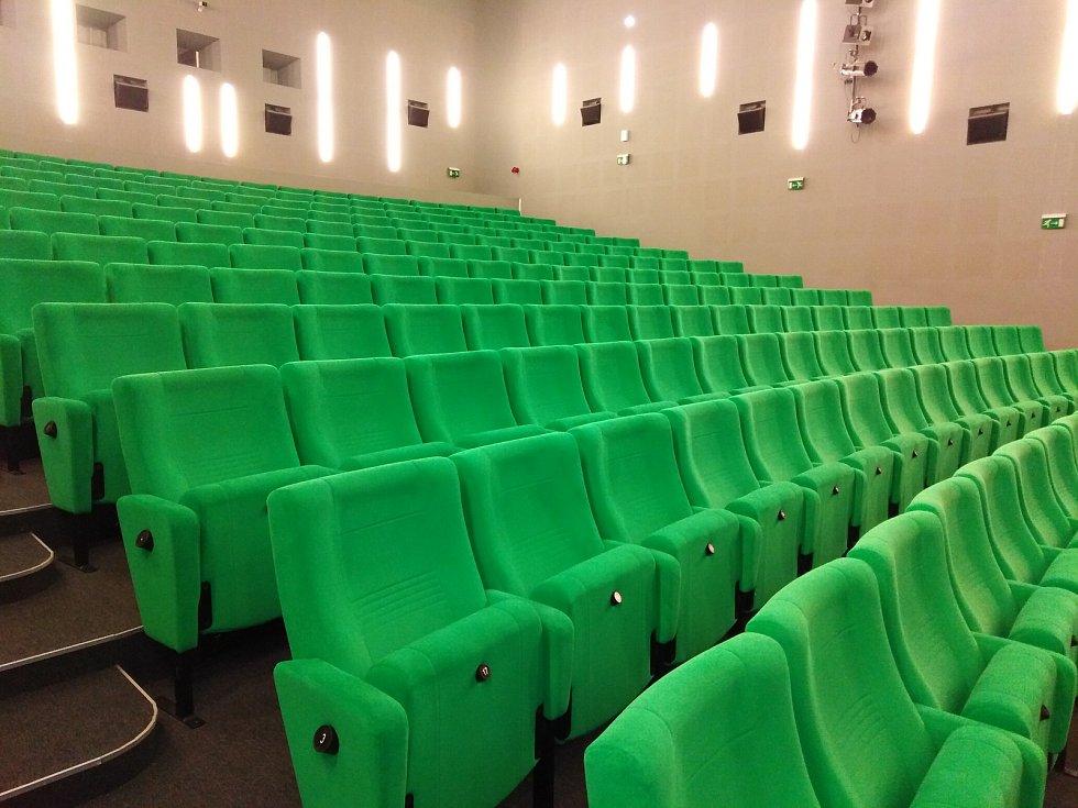 Takto vypadají kina, která zrušila kompletně promítání.