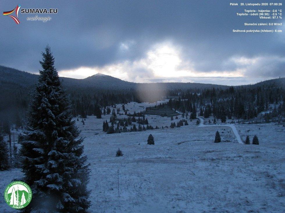 Páteční sníh na Šumavě.