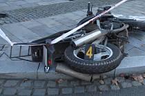 Dopravní nehoda osobního vozidla s motocyklem se stala v Klatovech v Plánické ulici.