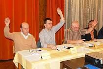 Klatovští zastupitelé schvalují novou vyhlášku.