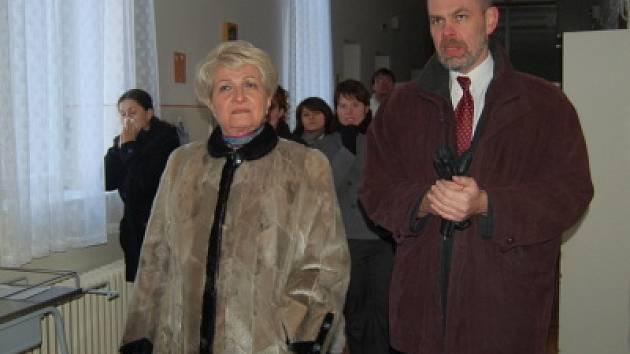 Hejtmanka Milada Emmerová navštívila klatovskou nemocnici