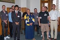 Účastníci semináře si prohlížejí klatovskou radnici.