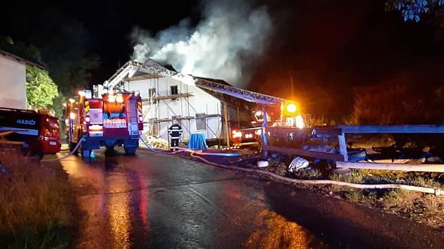 Požár domu na Brčálníku.