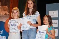 V přeboru kraje v kategorii žen obsadily první tři místa hráčky Klatovy, zleva Jitka Jánská (1. místo), Martina Kocandová (2. místo) a Maryam Amina Koucha (3. místo).