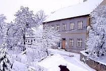 Zavlekovská základní škola