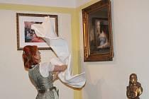 Odhalení originálu obrazu Kateřiny z Lambergu v Muzeu Lamberská stezka v Žihobcích.